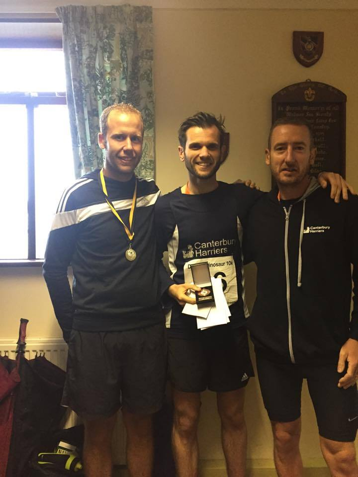 Dinosaur 10K male team prize winners